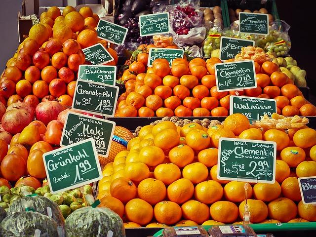 stánek s ovocem